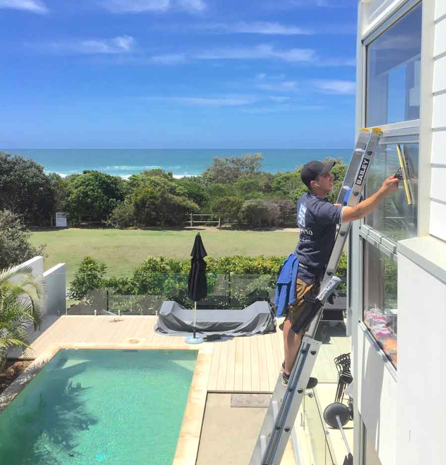 Window Cleaning Tips for South East Queensland Homeowners