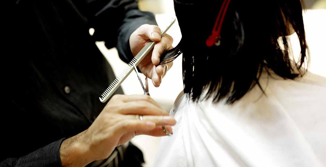Choosing a Pair Of Hair Scissors For Home Use